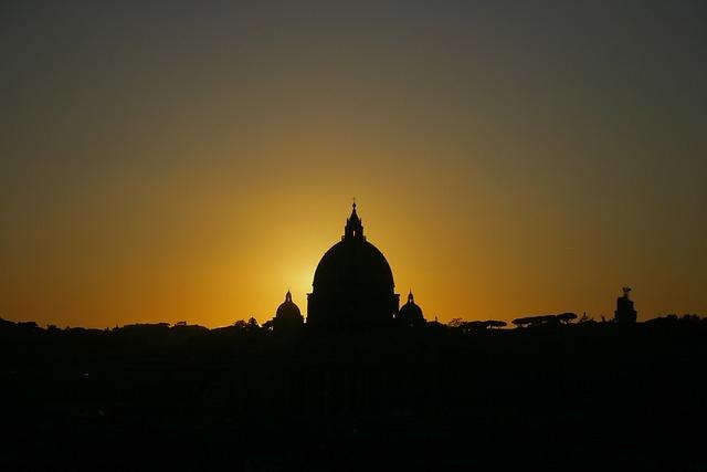 Musei Vaticani & Cappella Sistina con aperitivo Half Day Tour